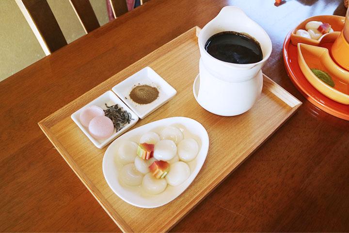 """茶屋""""櫟""""的焙茶火锅"""