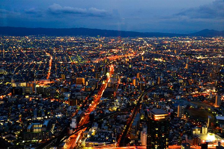 从阿倍野海阔天空眺望到的夜景