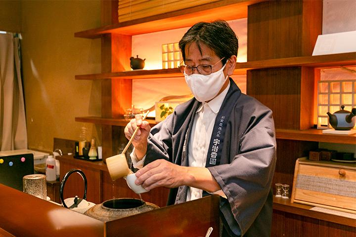 宇治香园 大阪心斋桥店 店长浅井先生
